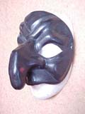 Pulliciniella (Black) - commedia mask by Newman